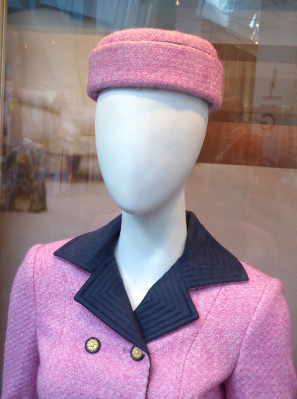 Jackie Kennedy Pillbox Hat: Hollywood Movie Costumes And Props: Natalie Portman's