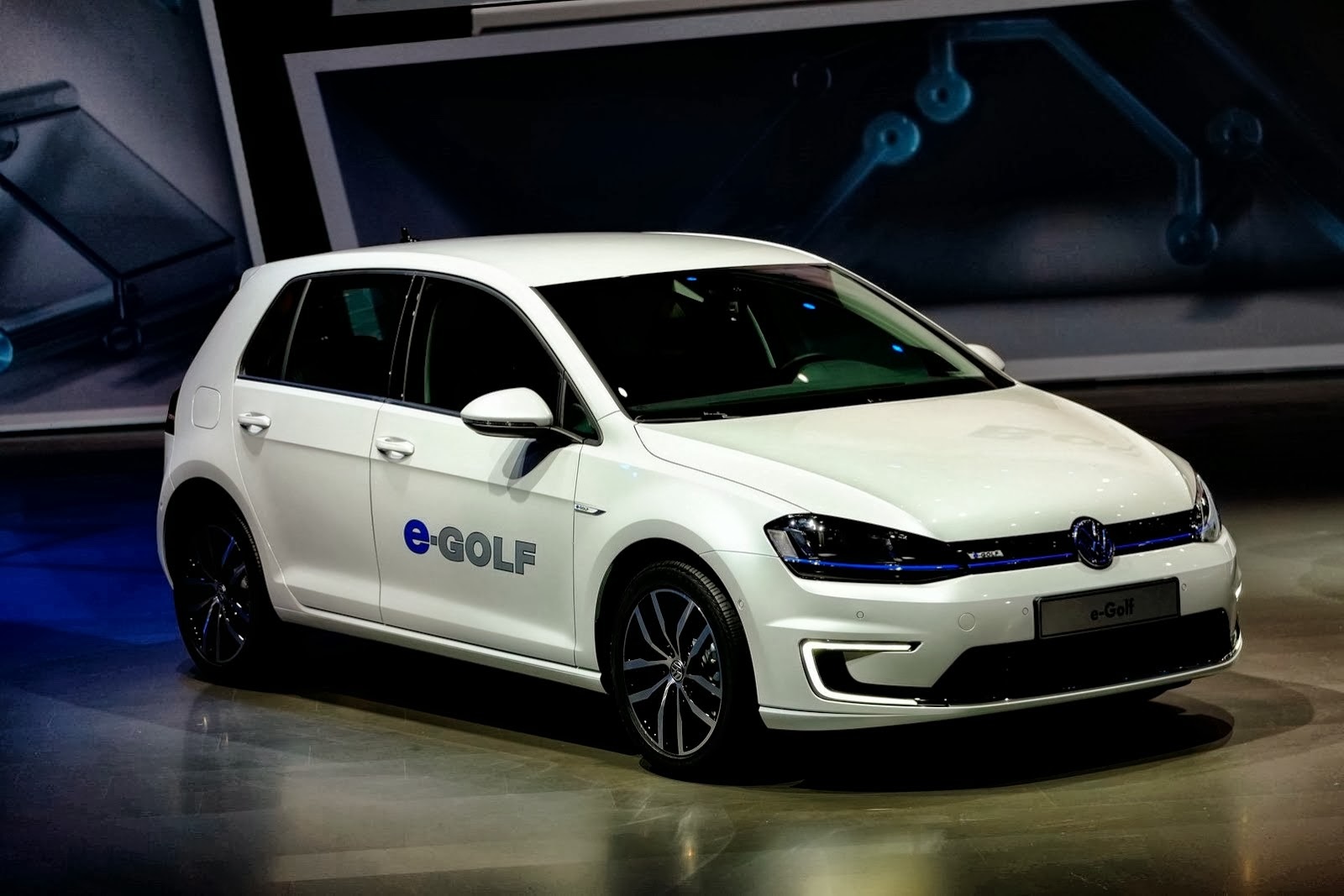 Electric Motor Manufacturer Volkswagen E Golf Bi Wiring Speakers Diagram In The Fast Lane With Auto Emporium Vw S Battery Powered To Will Bring Its First Vehicle United States Two Years A Company Official Told Ny Times That Go On Sale