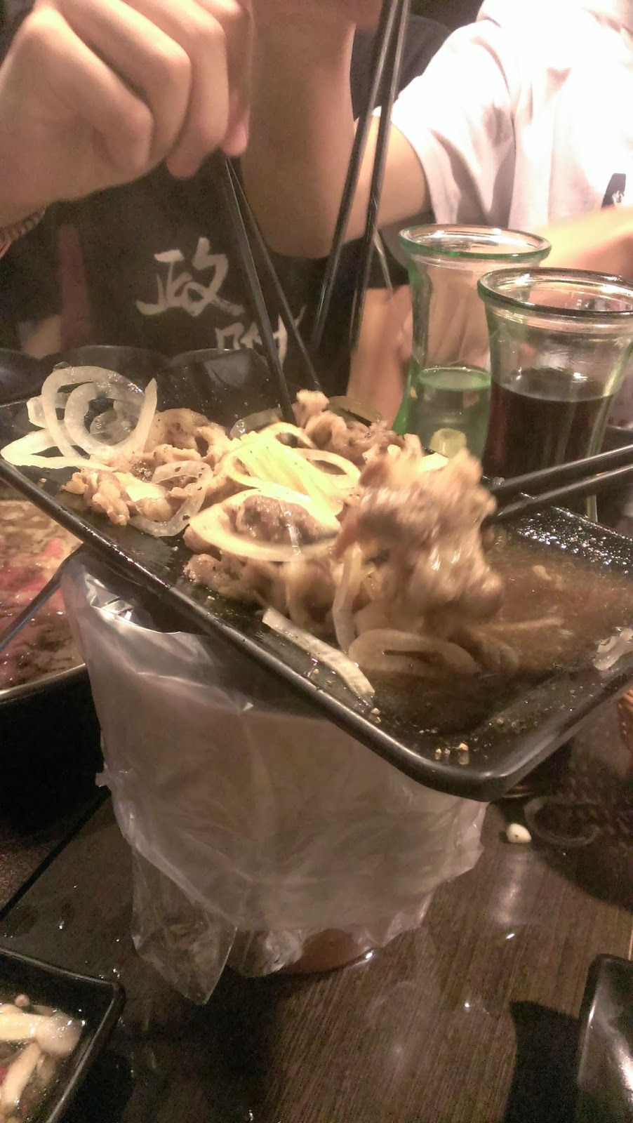 2014 11 09%2B17.25.01 - [食記] 潮肉壽喜燒 - 平價多樣的壽喜燒吃到飽