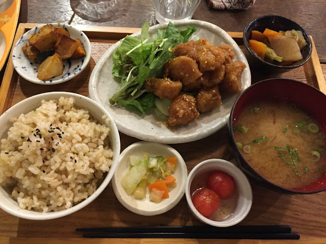 mumokuteki cafe:おからあげプレート