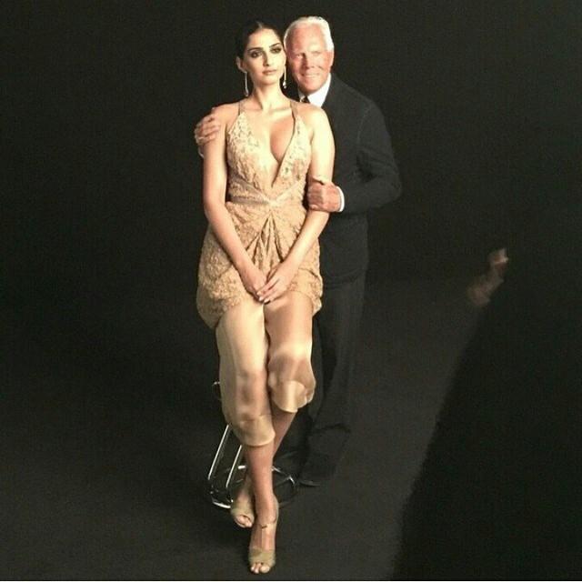 @sonamkapoor meets her dream designer arman i , .  vogue , vogue india , dream comet rue ,, Sonam Kapoor Vogue Magazine Bold Scans April 2015 Issue