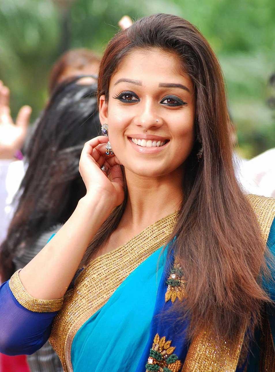 nayanthara hd saree photos