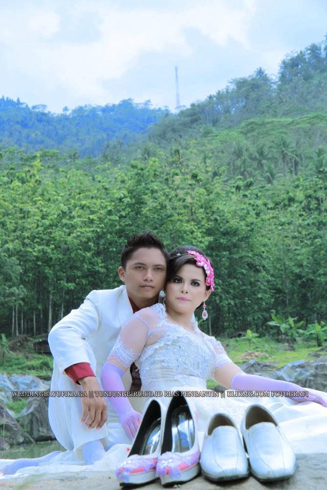 "Prewedding Bayu & Fika [ weddingbayufika.ga ] "" Busana : Bridal & Casual "" karya  Rias Pengantin & Rancang Busana | Foto oleh KLIKMG.COM [2] Fotografi Purwokerto"
