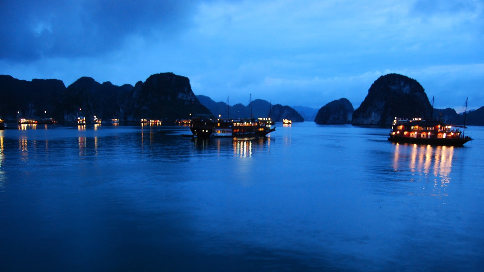 Wallpaper Desktop 3d Hd Car Download Ha Long Bay Wallpapers Most Beautiful Places In