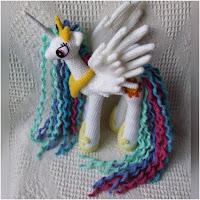 http://amigurumislandia.blogspot.com/2018/08/amigurumi-princesa-celestia-knit-one-awe-some.html