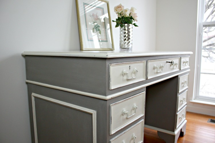 Color combination: ASCP French Linen and Old White