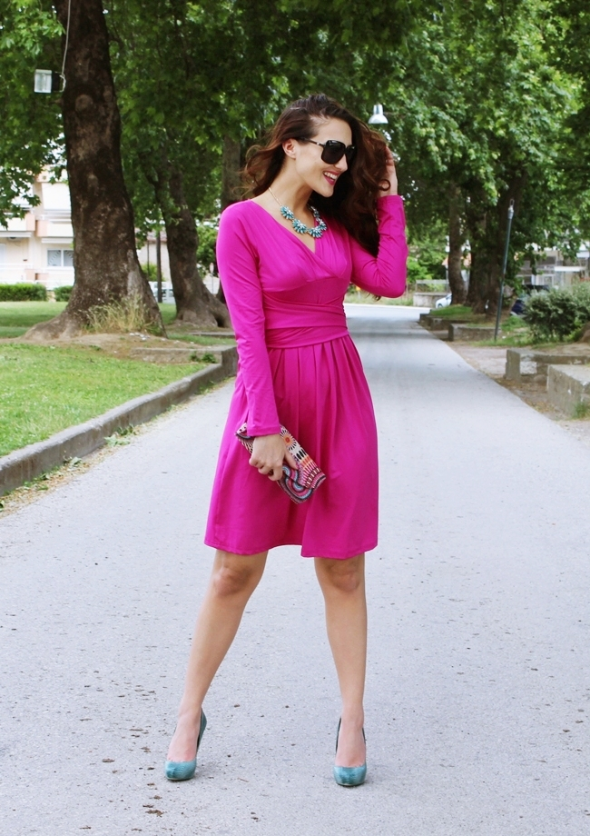 DressLily fuchsia wrap dress outfit