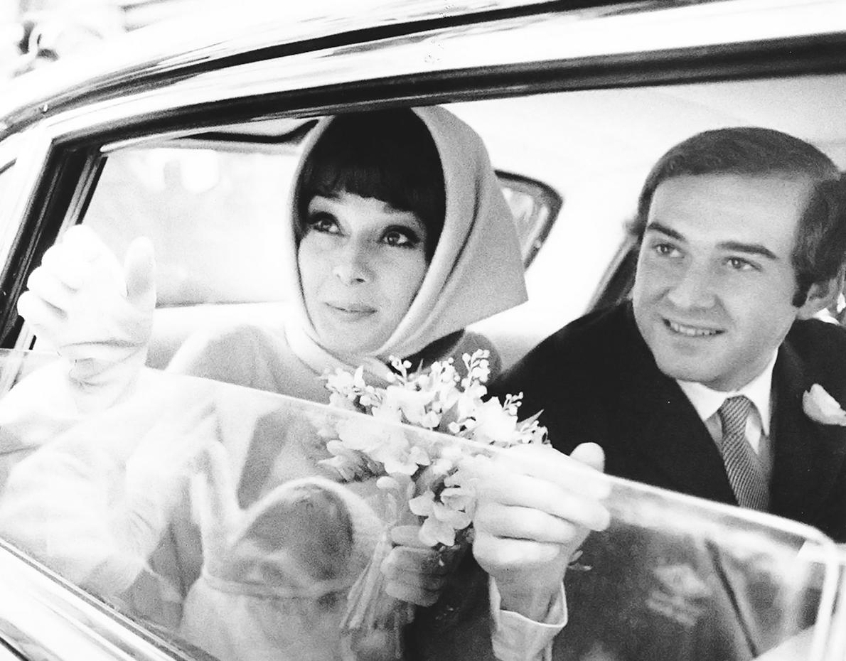 12 Scandalous Facts About Audrey Hepburn\'s Love Life You Should Know ...