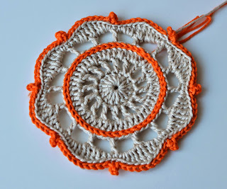 Surface crochet - free crochet pattern