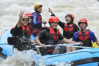 sungai progo,progo rafting, arung jeram, rafting, puri asri,magelang,progo river