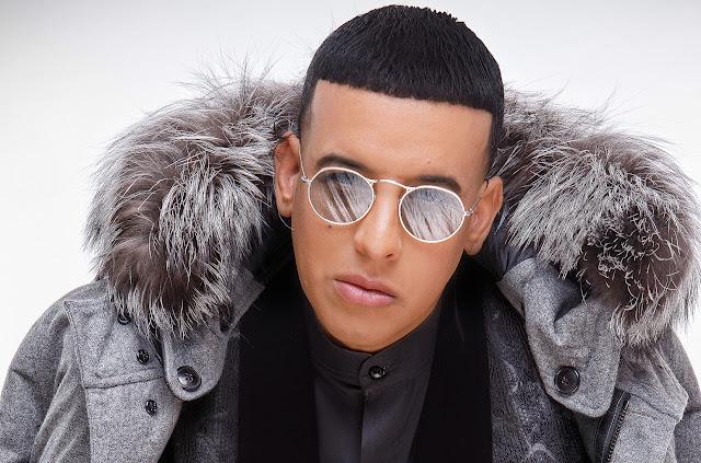 """FARÁNDULA: Daddy Yankee será primer artista que cante en español en """"The Late Late Show with James Corden""""."""