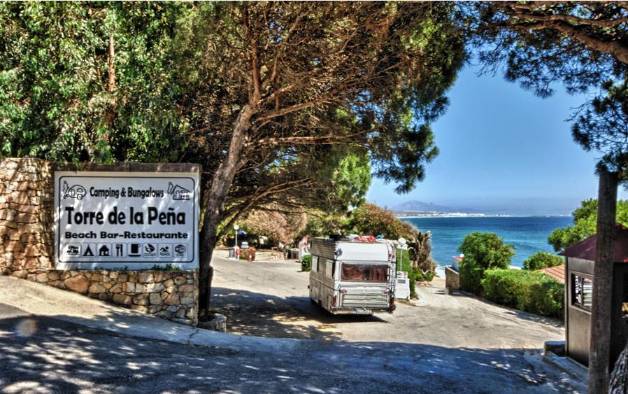 Entrada Camping Torre de la Peña