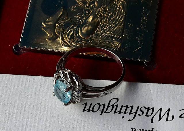 Nhẫn nữ đá Aquamarine thiên nhiên