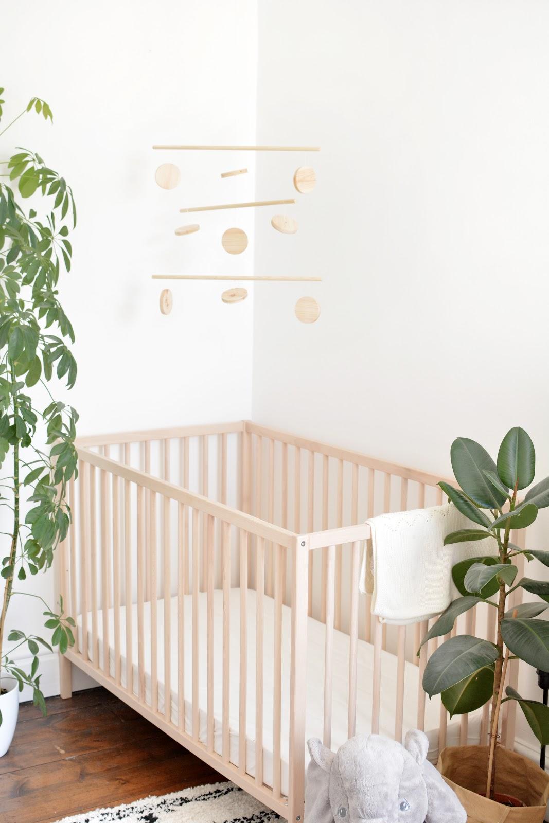 modern baby mobile DIY