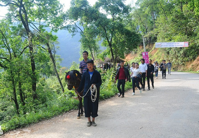 The unique adultery market in Ha Giang 2