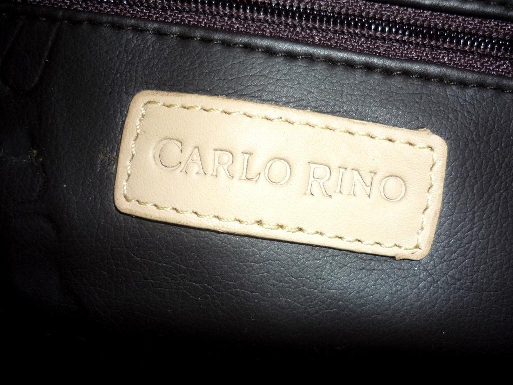 d0201120e56e authentic carlo rino genuine leather handbag condition very good like new  colour cream retail price rm 4++ now only rm 129 add rm 10 poslaju