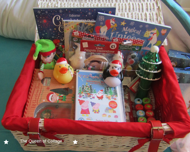 What's in Our Girls Christmas Eve Box #Blogmas