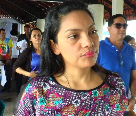 Coordenadora do CRAS II de Itaituba, lamenta muito o estupro coletivo que aconteceu com uma menina em uma favela do Rio de Janeiro,