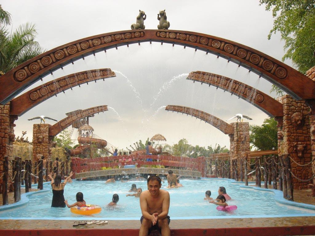 Travel Thursday Eight Waves Resort Bulacan Filipina