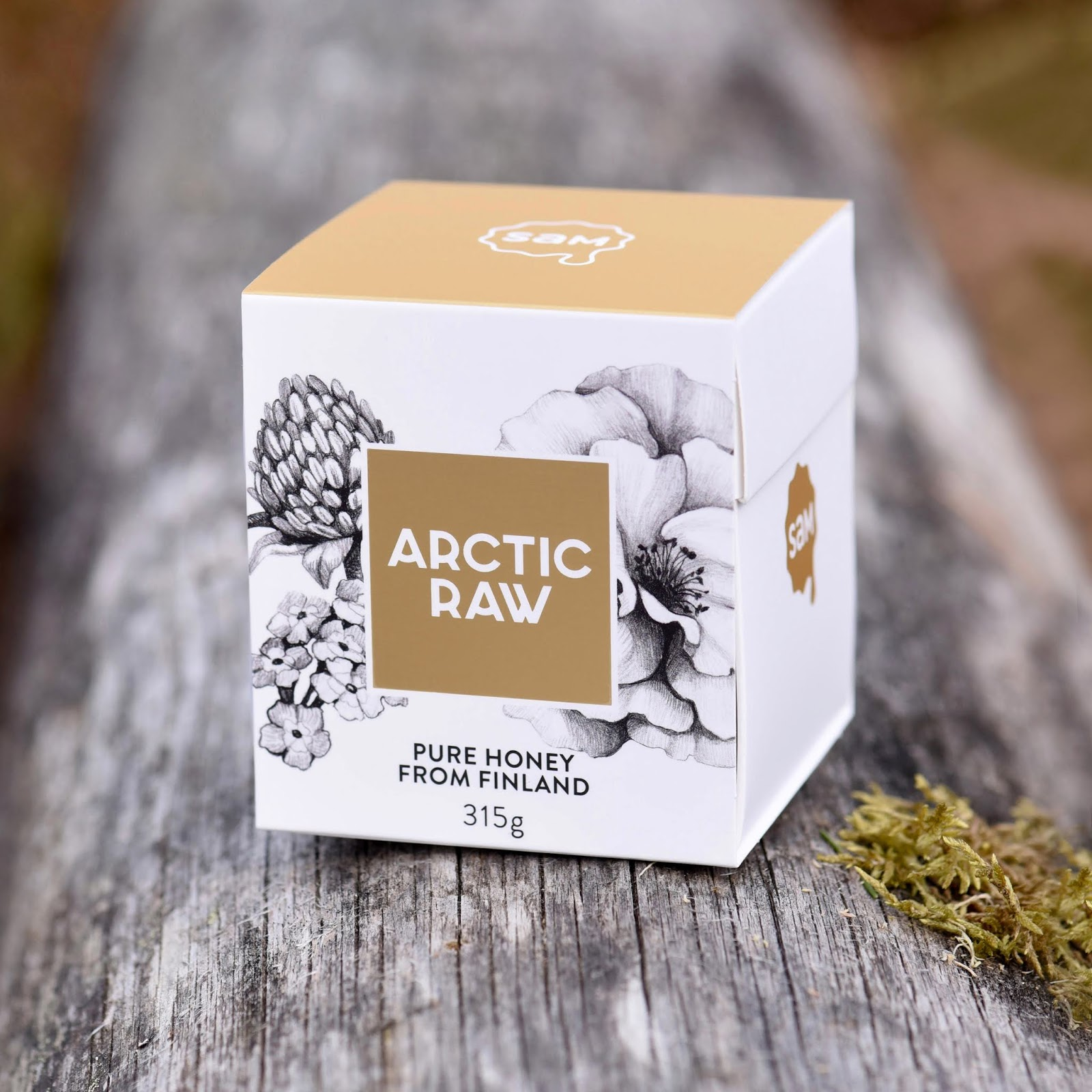 Arctic Raw Honey Gift Box On Packaging Of The World Creative
