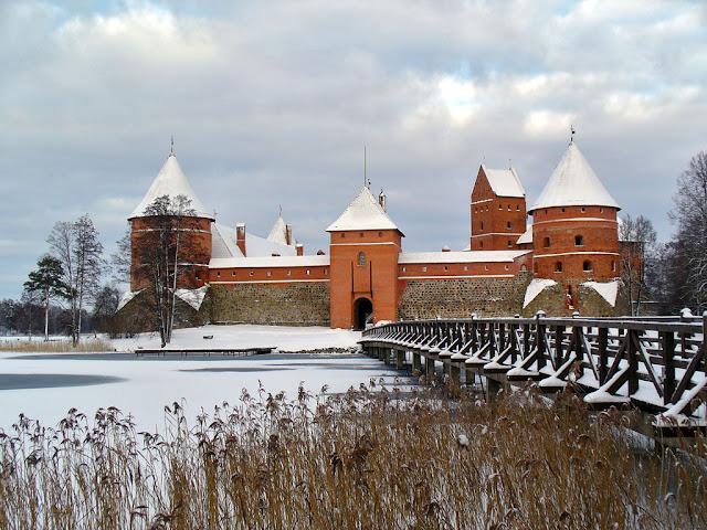 Resultado de imagem para trakai lituânia