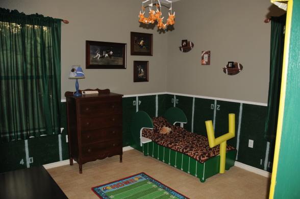Football Bedroom Decorating Ideas   Best Bathroom In Ideas
