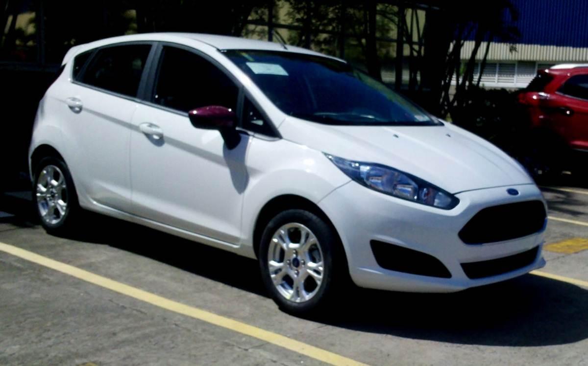 2014 Ford Fiesta Se Interior >> New Fiesta Hatch 2014: preços e itens de série das versões | CAR.BLOG.BR