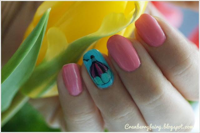 brzoskwiniowe paznokcie