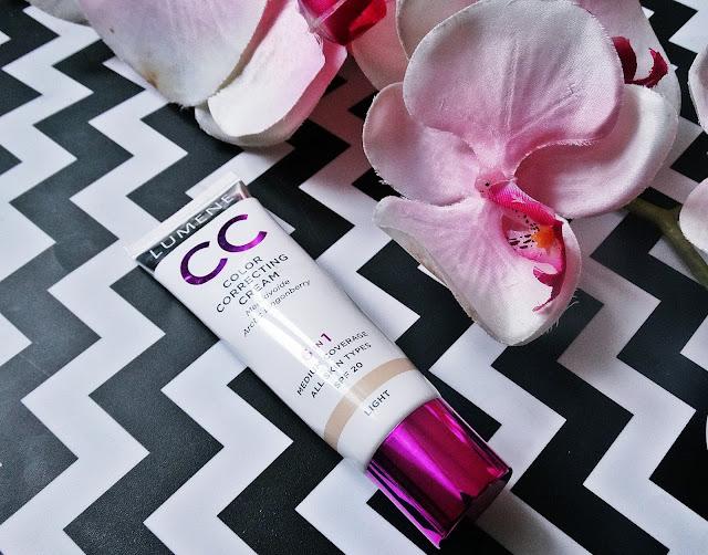 LUMENE CC Cream 6 w 1 rozświetlacz / korektor / podkład