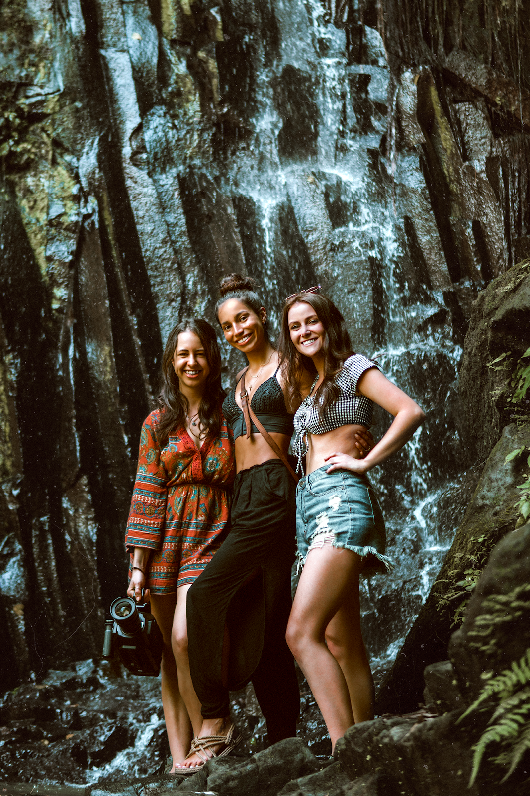 Shelly Stuckman, ArizonaGirl.com, how to style bohemian, fashion blogger, travel blog, Charlotte Russe, Bali, Indonesia, waterfall, waterfalls, BFFs