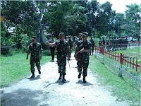 Panglima Divif 2 Kostrad Kunjungi Satgas Yon Armed 12 di Maluku