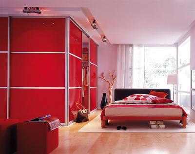Habitaciones en blanco rojo y negro dormitorios colores for Closet dormitorio matrimonial