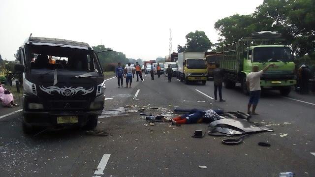 http://www.mejapoker88.info/2018/03/kecelakaan-truk-dan-sepeda-motor-di.html
