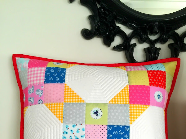 Strawberry Biscuit Patchwork Pillow {TUTORIAL}