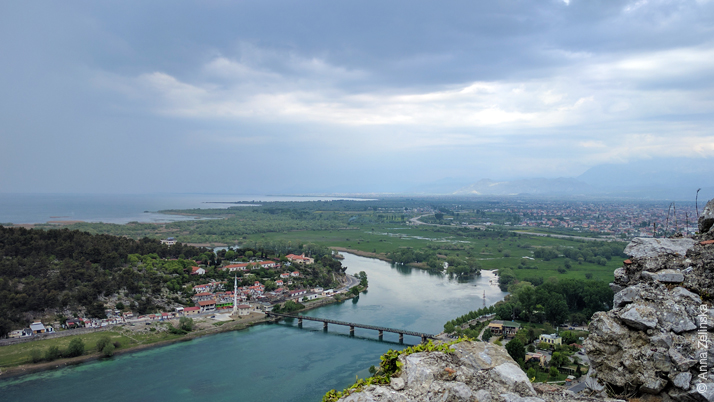 Река Бояна, Албания