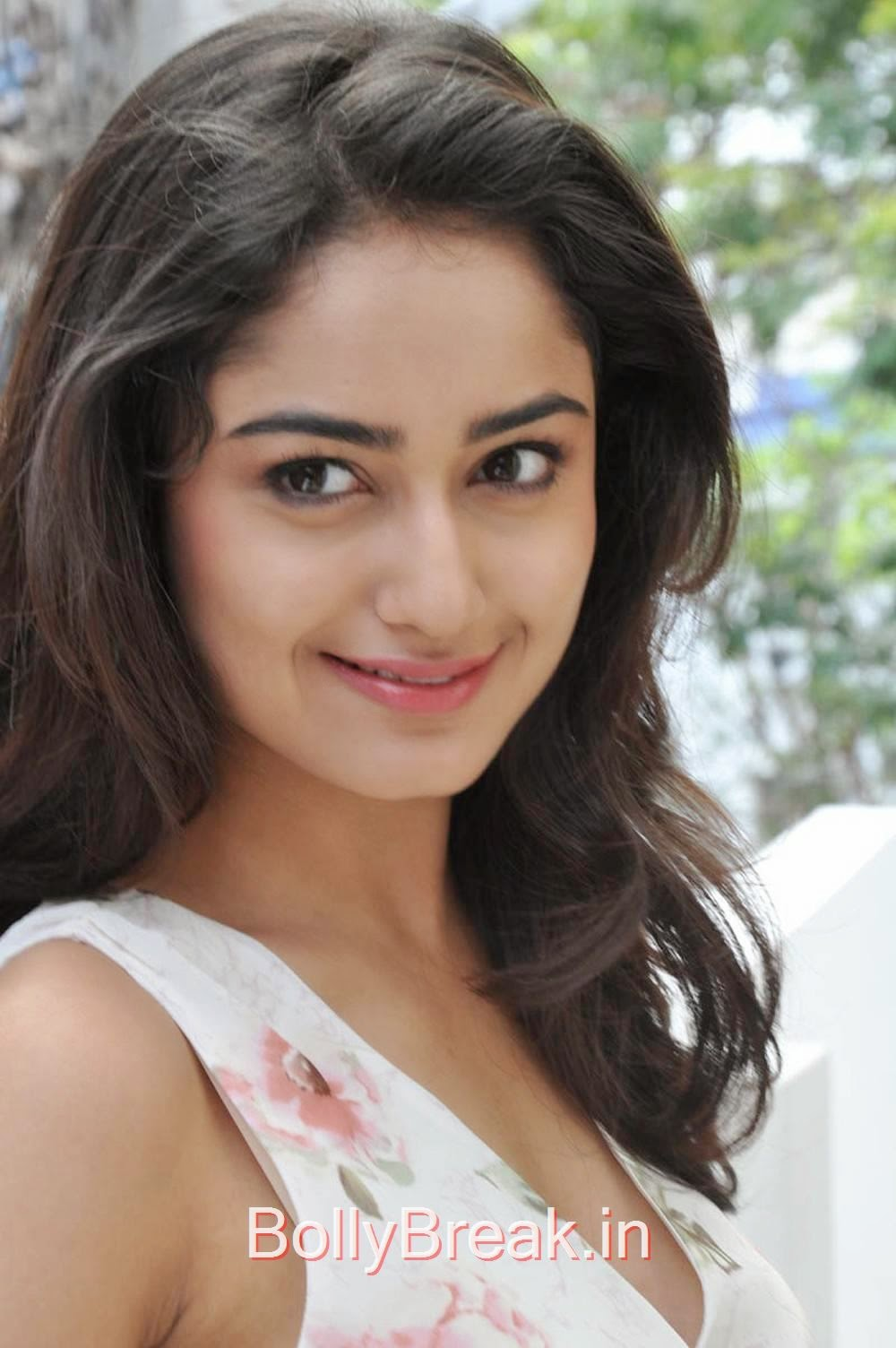 Tridha Choudhury Photo Gallery, Tridha Choudhury Hot Pics from Surya Vs Surya Movie Interview
