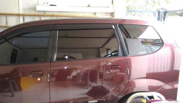 harga Daihatsu Xenia Xi tahun 2010 bekas