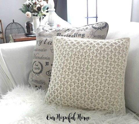 white cable knit pillow hygge