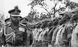 Biafran Supreme Commander General Ojukwu inspecting his troops