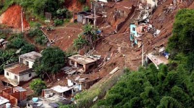 Tanah longsor yang terjadi di Indonesia - berbagaireviews.com