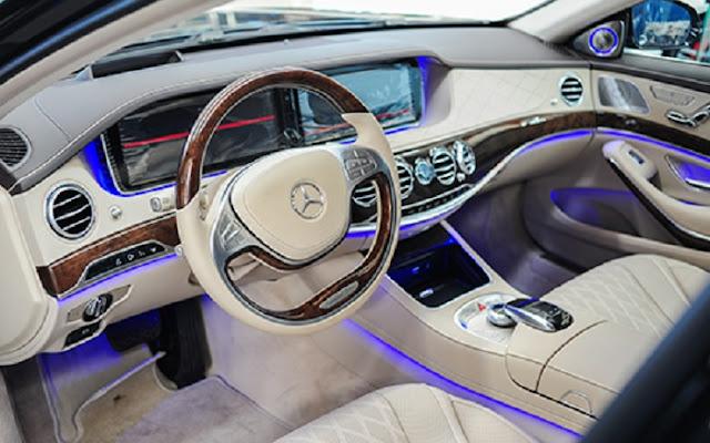 Không gian nội thất Mercedes S500 L 4MATIC thiết kế rộng rãi thoải mái