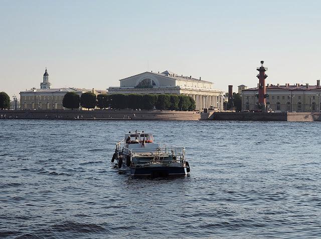 Санкт-Петербург - стрелка Васильевского острова (St. Petersburg - the arrow of Vasilyevsky Island)