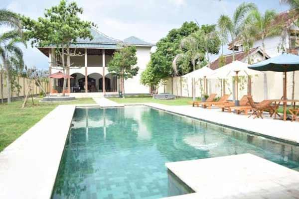 Sewa Villa kawasan Montong, Batu Layar Lombok