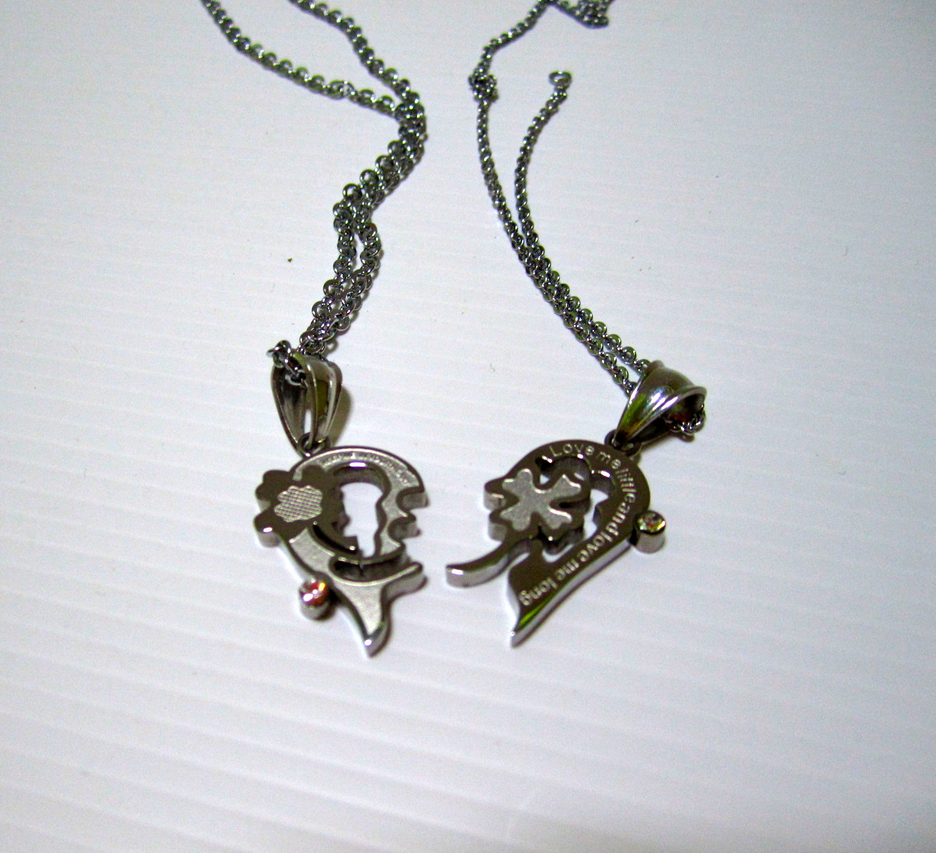 trinketslicious: Couple Accessories - Necklaces