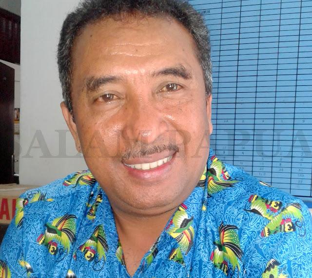 Guru SD Mupuruka Menunggu Pembayaran Insentif