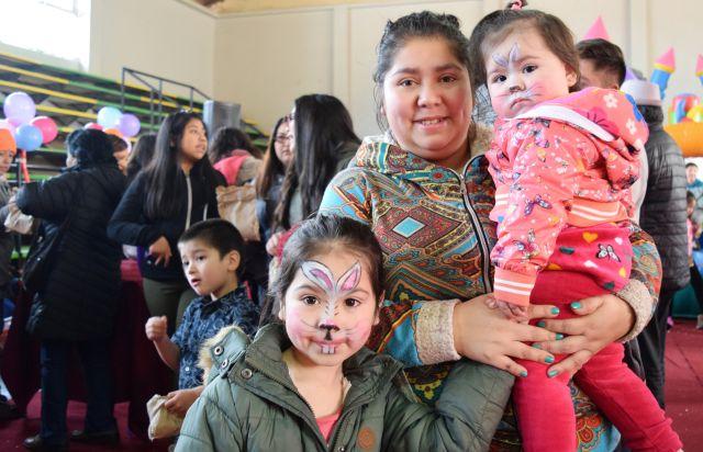 Niños de Puerto Octay celebraron su día