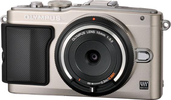 La Olympus E-PL5 con il Body Cap 15mm F:8.0