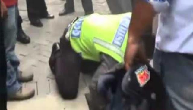Minta Uang RP 200rb Kepada Sopir Pengangkut Barang Seorang Polisi Nyaris Tewas Di Bacok.