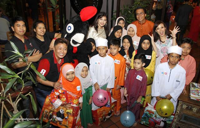 Majlis berbuka Puasa Bersama anak-anak yatim dan Selebriti di Nando's.