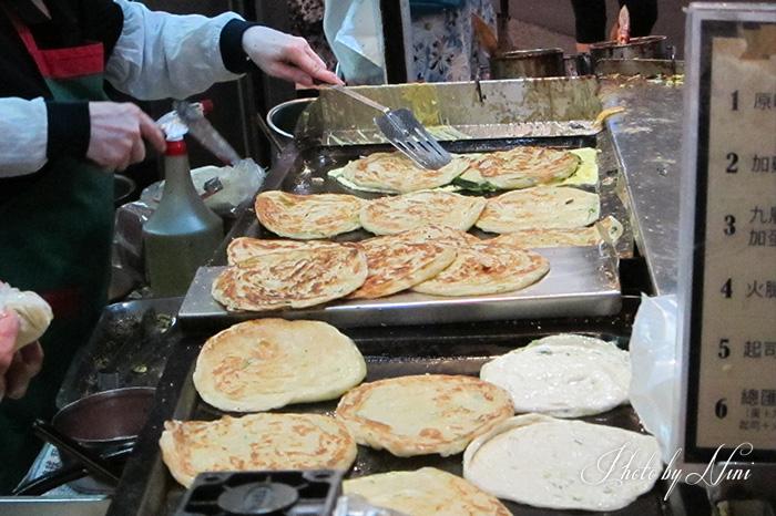 【永康街商圈美食】天津蔥抓餅。每吃必排永康街指標性美食